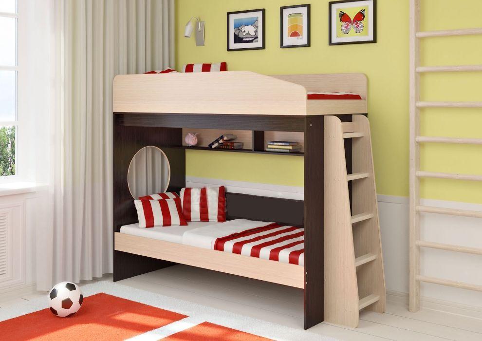 Многие родители отдают предпочтение детским двухъярусным кроватям.