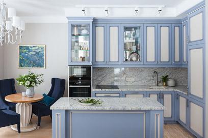 Голубой в интерьере кухни: нюансы использования цвета